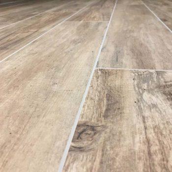 Carrelage effet bois en Vendée